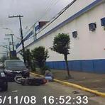 VÍDEO: motociclista foge da polícia pela contramão e é preso após perseguição em Joinville