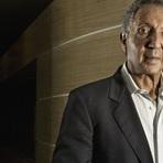 5 dicas de Abílio Diniz para conduzir um negócio ao sucesso.