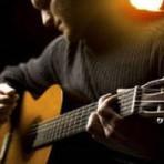 Os riscos de tocar violão de ouvido