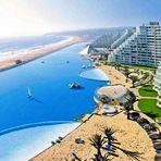 Maior lagoa artificial do mundo fica em plano deserto egípcio