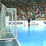 Falcão cospe em torcedores na semifinal da Liga Nacional de Futsal