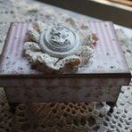 Caixa porta jóias no estilo vintage