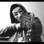 Anonymous anuncia em vídeo guerra contra os terroristas