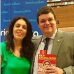 Wolney Queiroz prestigia lançamento de livro da jornalista Cynara Menezes