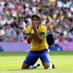 O furacão se aproxima de Neymar. Em 2016 os tribunais o aguardam. Processos na Espanha, Brasil e na Fifa. E sem solidari