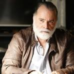 Entretenimento - Quinta-Feira: Zé Maria decide matar Tóia