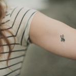Tatuagens delicadas e impressionantes no braço