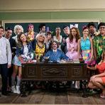 """Entretenimento - Canal Viva acerta com a nova """"Escolinha do Professor Raimundo"""" e prova que o humor do programa é atemporal"""