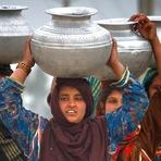 Meio ambiente - Paquistão adota tratamento de água com energia solar