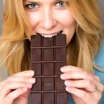 7 alimentos que podem prejudicar a saúde da sua boca