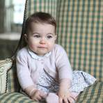Divulgadas novas fotos da Princesa Charlotte
