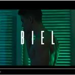 """Saiu o novo clipe Biel chamado """"Química"""" com a participação da Nah Cardoso, veja!"""
