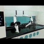 Tecnologia & Ciência - Primeiro robô de cozinha do mundo estará disponível em 2017
