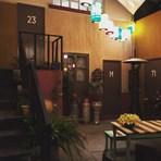 Que tal se hospedar na verdadeira Vila do Chaves no México? Brasileira que ganhou promoção do Airbnb conta como foi!