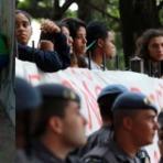 Aécio, um senador sem amigos; Paulo Nogueira diz que a mídia ataca Lula mas poupa Aécio