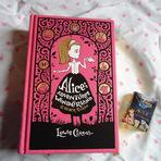 [FOTOGRAFIA] – Livro Alice In Wonderland and Other Stories
