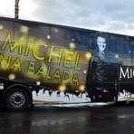 Acidente entre carro e ônibus de Michel Teló deixa três mortos