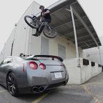 Esportes - JUMPING MY GTR!