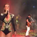 Show de Ximbinha com Thábata Mendes na Praia de Tibau, no Rio Grande do Norte, foi sucesso de público