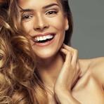 Salões de beleza lançaram técnicas de clarear o cabelo que são menos agressivas e garantem fios loiros e saudáveis