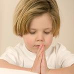 Educação - 10 Maneiras de Ensinar a Criança a Orar