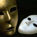 Opinião - Um carnaval de máscaras e mentiras