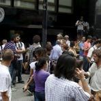 Internacional - Macri já demitiu mais de 12 mil trabalhadores na Argentina