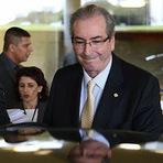 Cunha ri da cara dos brasileiros e pede que STF paralise inquérito até que deixe comando da Câmara
