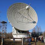 Espaço - Radiotelescópio na Ucrânia tenta contato com extraterrestres