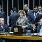 Ida de Dilma ao Congresso afasta processo de impeachment