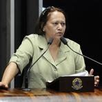 Fátima, na defesa a Lula, alerta: não duvidem de nossa capacidade de luta