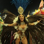 Entretenimento - Flagras: Carnaval de 2016 tem muito topless; veja fotos