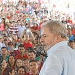 Política - Lula: espetacularização, perseguição e inconveniências