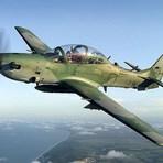 Internacional - A-29 Super Tucano cai na Indonésia e deixa mortos