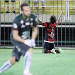 Futebol - Portuguesa sofre goleada por 5 a 0 do Flamengo