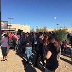 Opinião e Notícias - Jovens são achadas mortas ao lado de arma em escola dos EUA