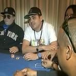 Curiosidades - Defunto joga pôquer com família em seu próprio velório
